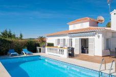 Villa en Es Canutells - Villa FLOR
