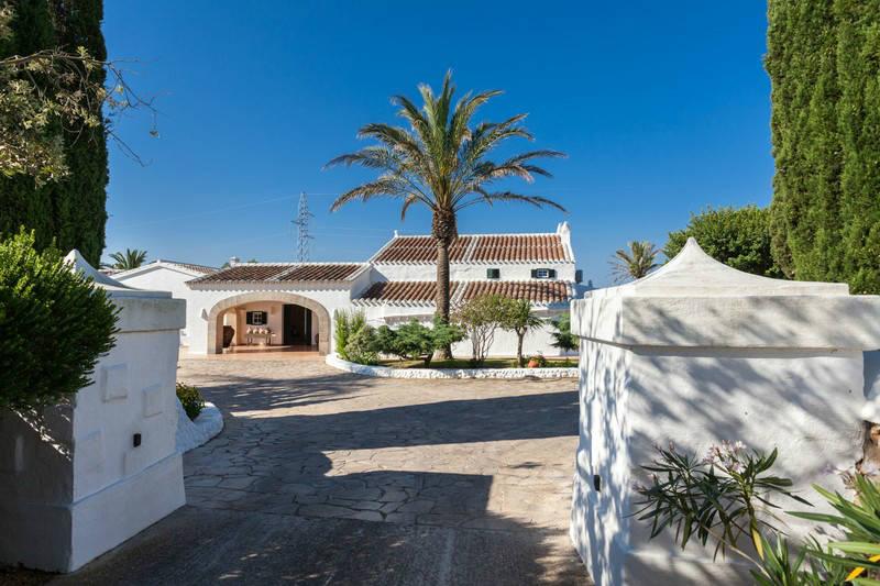 Casa Ses Cuarterades - exterior- MNKVillas